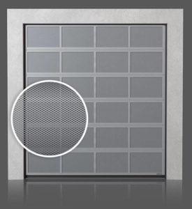 Алюминиевые промышленные секционные ворота с вентилируемыми панелями (с просечно-вытяжной сеткой)