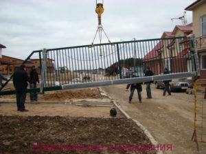 Ворота консольные Robusta R 2000 ширина проезда 7м. Вес 600кг.